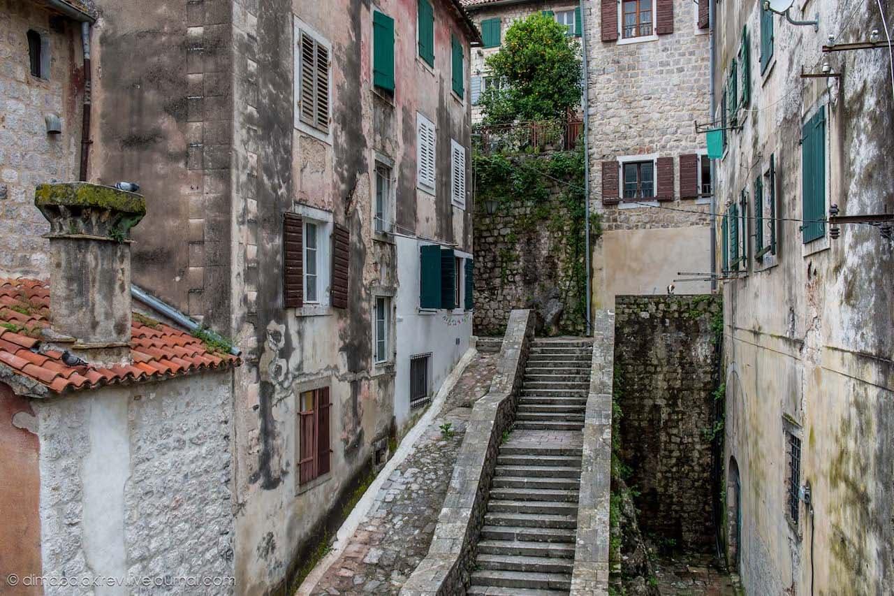 сидите черногория старый город картинки обклеен обоями