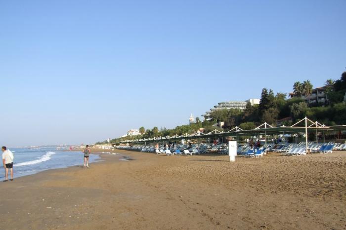 Чем заняться и что посмотреть в Сиде в октябре, Пляж в Сиде