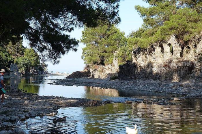 Что посмотреть в Кемере в октябре, руины Олимпоса