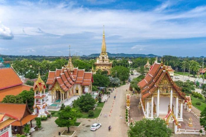 Пхукет, монастырь Ват Чалонг