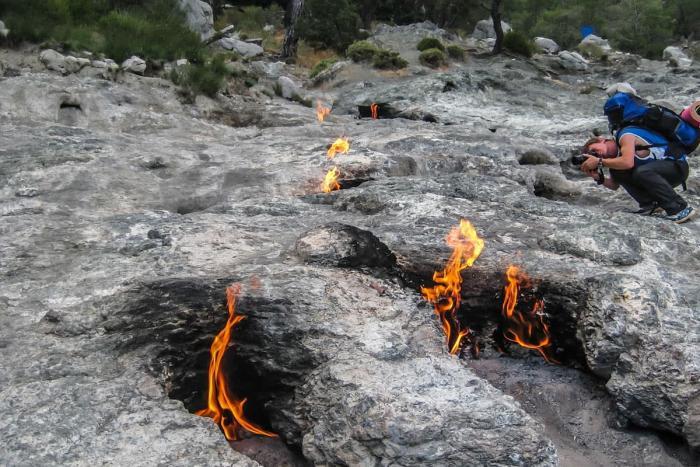 Кемер, Огненная гора Янарташ
