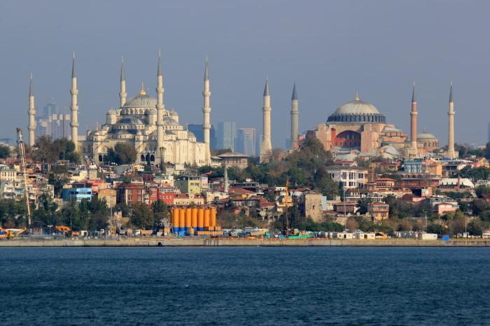 Стамбул, Прогулка по Босфору