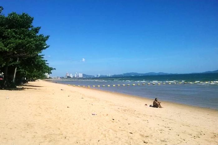 Погода в Паттайе в августе - Пляж Джомтьен