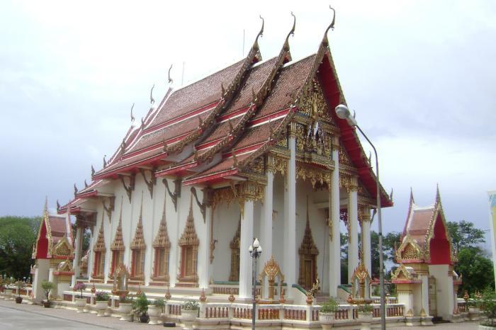 Что посмотреть, Храм Ват Чалонг
