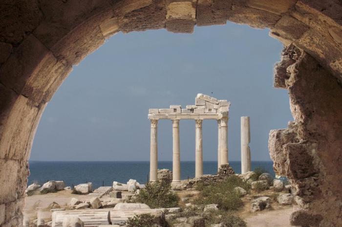Что посмотреть на Сиде в октябре, Храм Артемиды