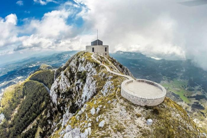 Черногория, Ловчен
