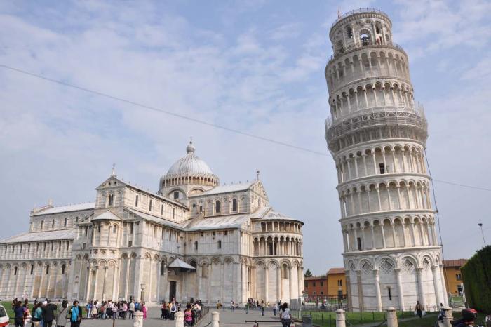 Италия, Пизанская башня