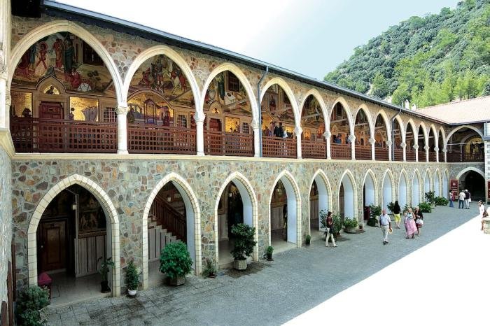 Кипр, Киккский монастырь