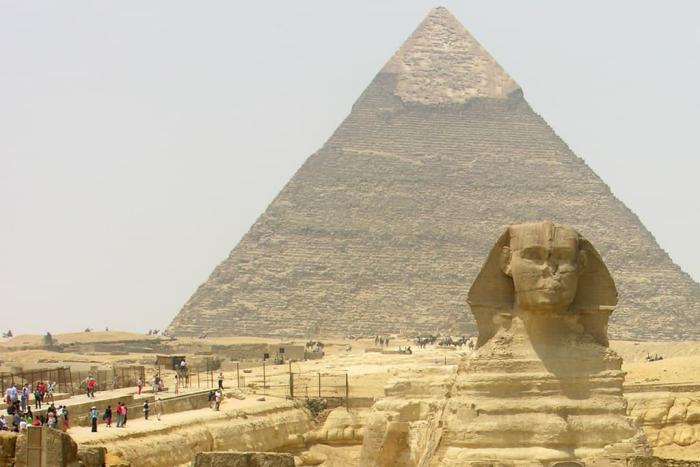 Египет, Сфинкс и пирамида Хеопса