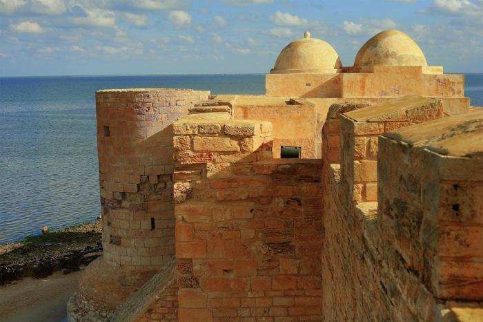 Тунис, Крепость Гази Мустафы