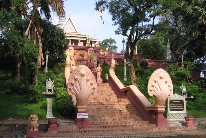 Камбоджа, монастырь Ват Пно