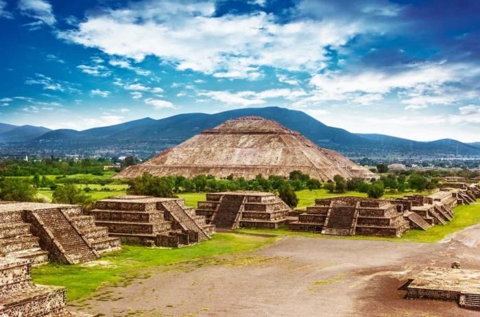 МЕКСИКА, пирамиды Солнца и Луны