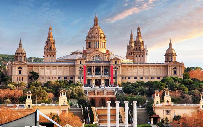 Барселона, Национальный дворец