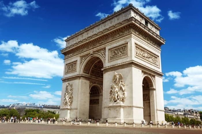 Париж, триумфальная арка
