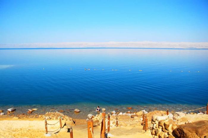 когда лучше ехать для пляжного отдыха в черногории