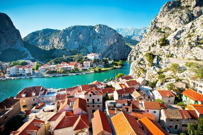 Хорватия, город в горах
