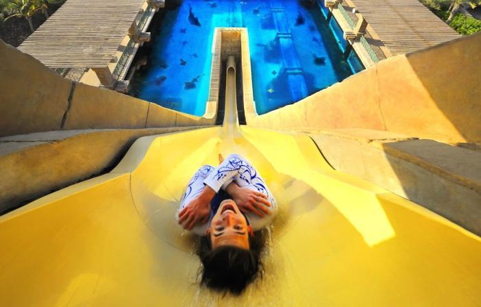 ОАЭ, Посетите Аквапарк «Дикая река»