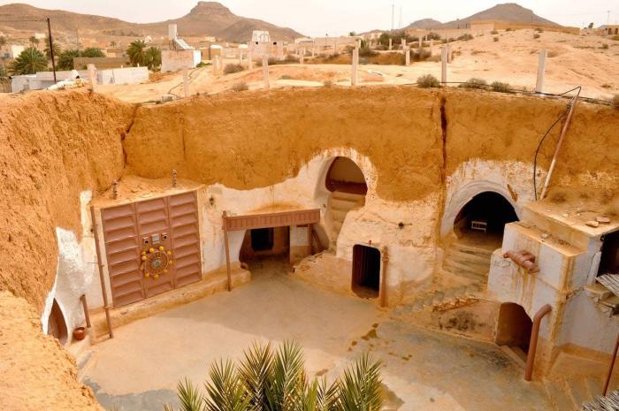 Тунис, Город Матмата, где живут коренные жители берберы