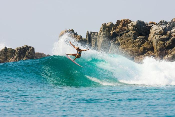 Австралия, Займитесь серфингом, здесь одни из самых больших волн в мире