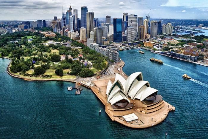Австралия, знаменитый Оперный театр в Сиднее