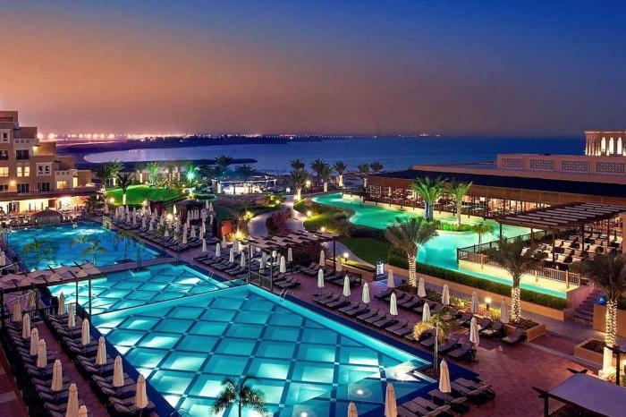 ОАЭ, Роскошные отели в Рас-аль-Хайм