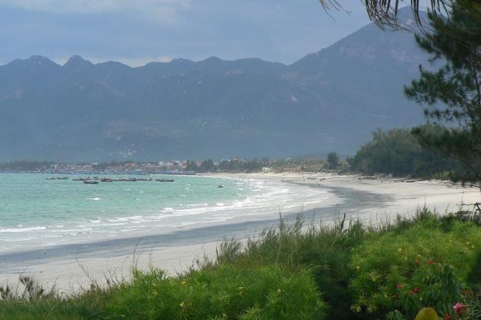 Погода в Нячанге в марте, Пляж в Нячанге