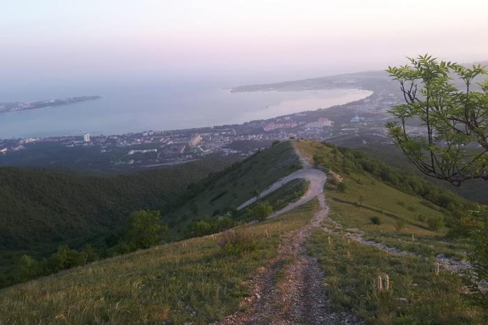 Краснодарский край, Вид на геленджикскую бухту с канатной дороги