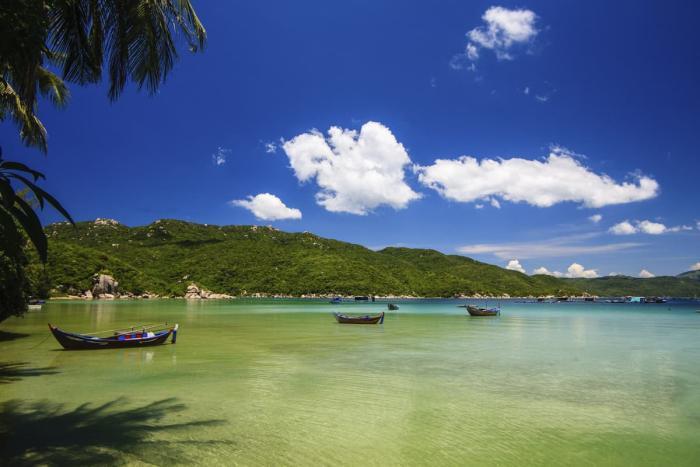 Нячанг, Местные рыболовные лодки