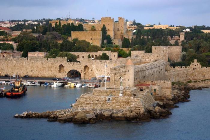 Погода на Родосе в феврале - Родосская крепость