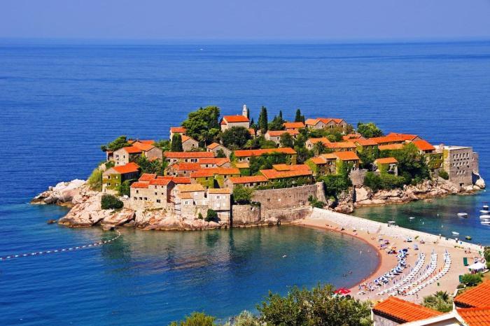 Черногория, Остров-отель Святой Стефан