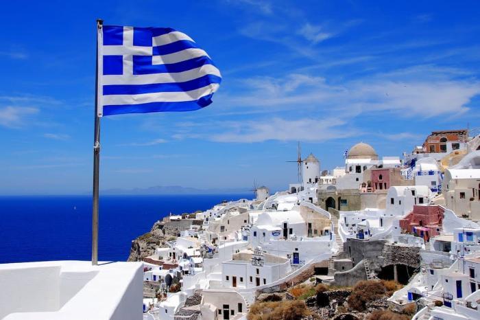Греция - сказочная страна, где можно не только насладиться пляжным отдыхом, но и посмотреть античные достопримечательности