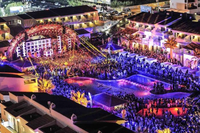 Испания, Остров Ибица - центр клубной жизни, прекрасно подойдет для молодежи