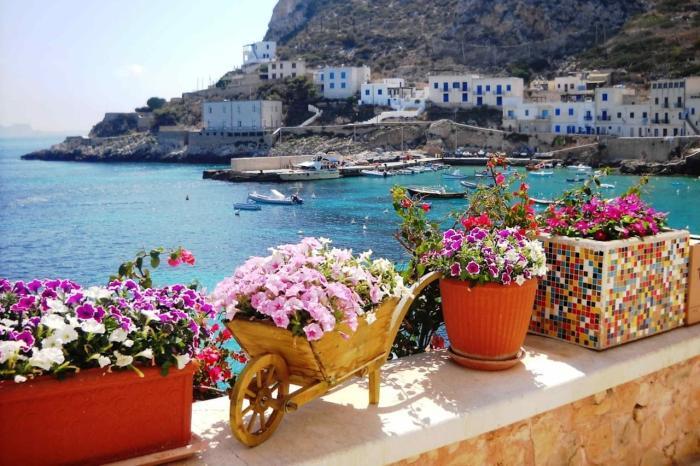 Италия, Европейски колорит на Острове Сицилия