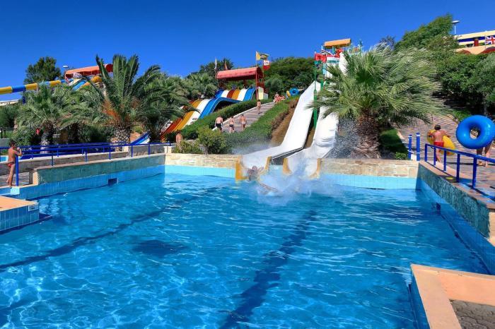 Отдых с детьми, аквапарк Water City на Крите