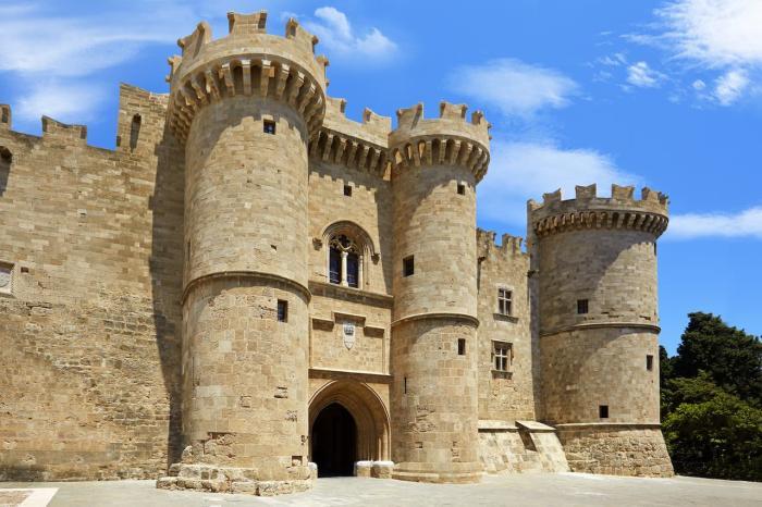 Погода на Родосе в октябре - Дворец Великих Магистров