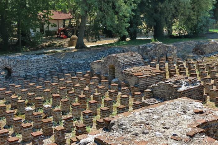 Погода на Санторини в октябре - Древний город Дион