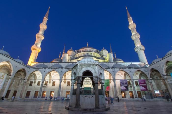Погода в Стамбуле в феврале - Голубая мечеть