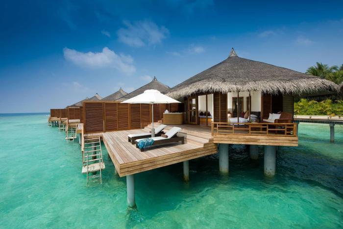 Мальдивы, Большинство отелей предлагают роскошные бунгало