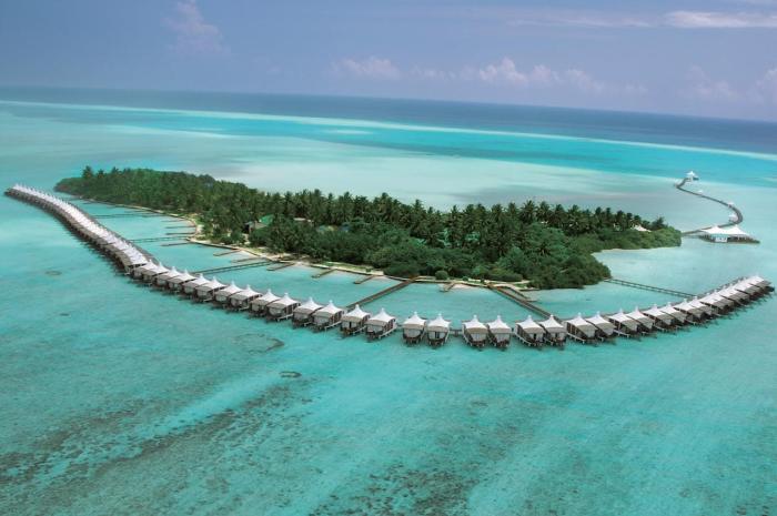 Мальдивы, На каждом острове расположен всего 1 отель и курорт