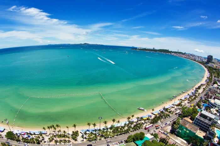 Тайланд, В Паттайе развитая инфраструктура и множество отелей