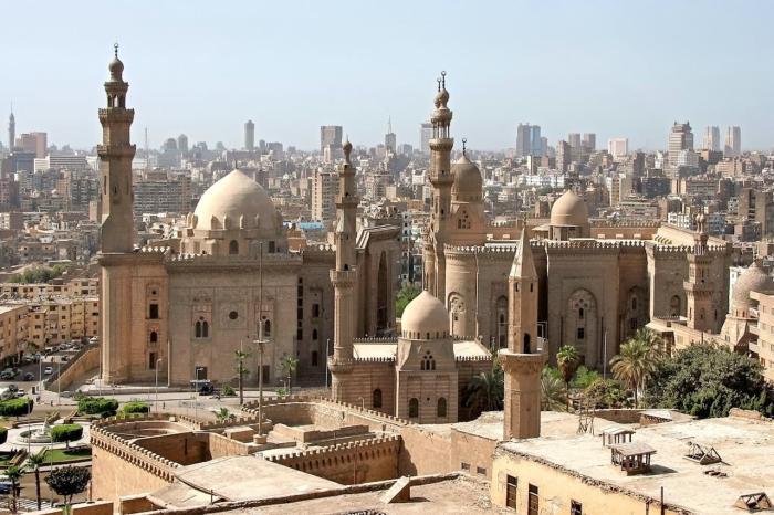 Шарм-эль-Шейх, Каир
