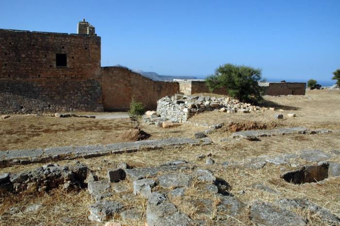 Крит, Древний город Аптера