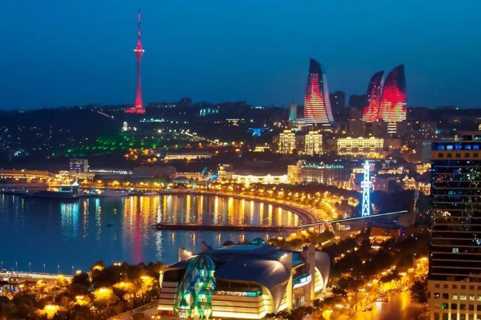 Азербайджан, Ночной Баку