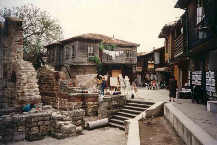 Болгария, Старинная улочка в Несебыре