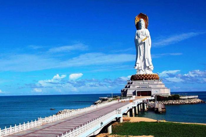 Хайнань, Статуя богини Гуаньинь
