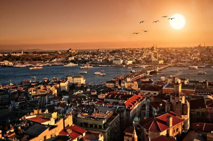 Погода в Стамбуле в мае, Золотой рог