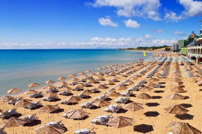Болгария, Прекрасно подойдет для пляжного отдыха с детьми
