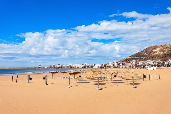 Где отдохнуть летом за границей недорого и без визы