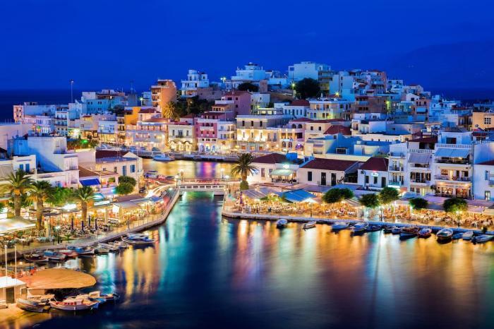 Греция, Ночные огни острова Крит