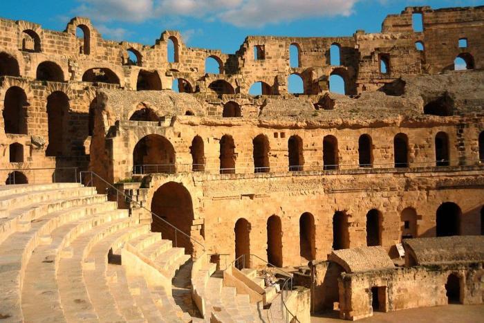 Тунис, Посмотрите старинные достопримечательности